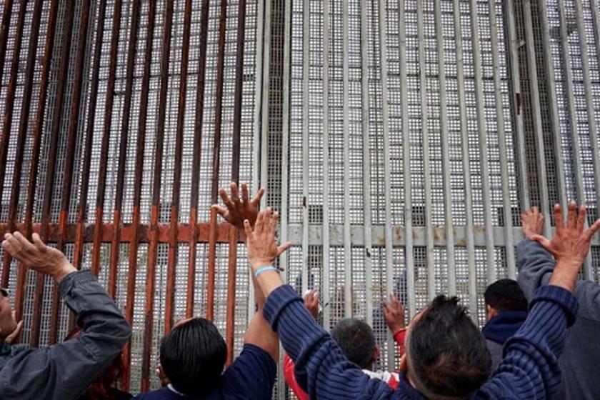 Trump, göçmen seferine çıkarken...