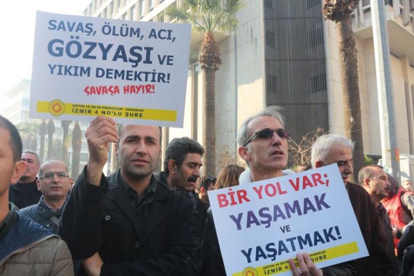 İzmir'de 6 Eğitim Sen üyesine 29 Aralık sürgünü