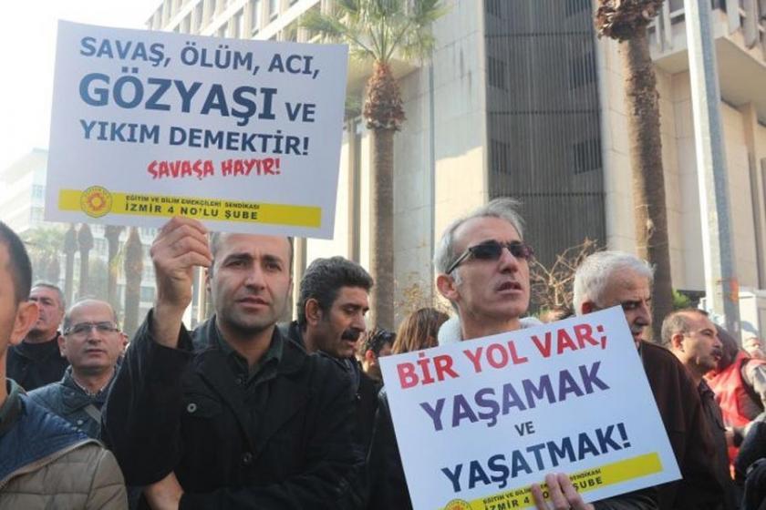 İzmir'de 6 eğitimciye  29 Aralık sürgünü