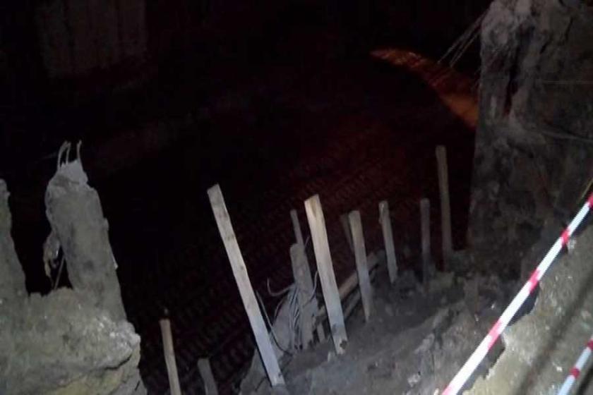 Esenler'de inşaatın istinat duvarı çöktü, 4 bina boşaltıldı