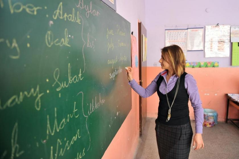 İş ilanı verileri: Atanmayan öğretmen pazarlamacı oluyor