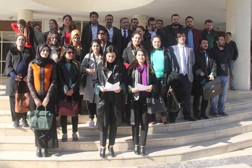Urfa'da kadın avukatlardan şiddet protestosu