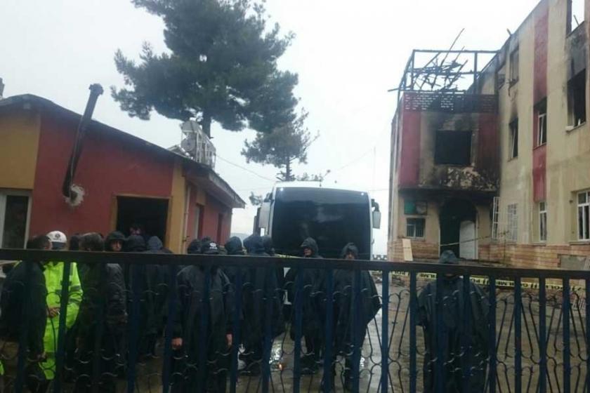 Adana'da yurt müdürü dahil 8 kişi hakkında gözaltı kararı