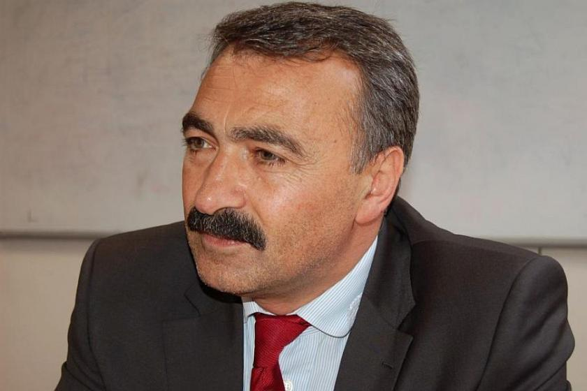 Turgut Öker'e açılan 'hakaret davası' ertelendi