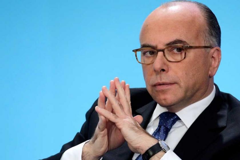 Fransa'da başbakanlığa Cazeneuve getirildi