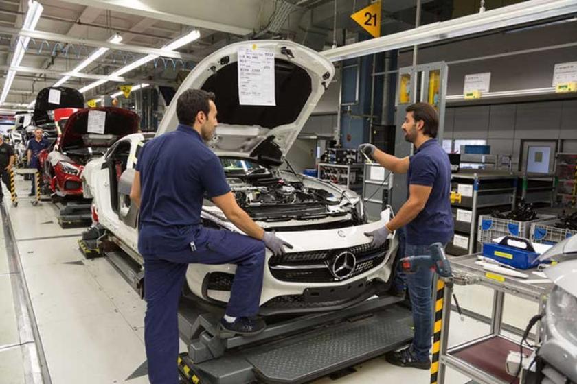 Mercedes'te işçi kıyımı: 200'den fazla işçi işten atıldı