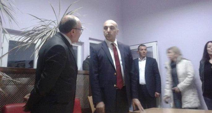 CHP'li Başkan işçilerin toplantısını bastı