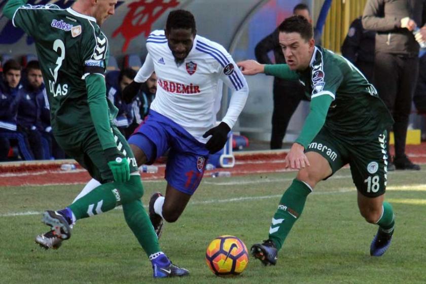 Konyaspor Karabükspor'a karşı 3 puanı alamadı