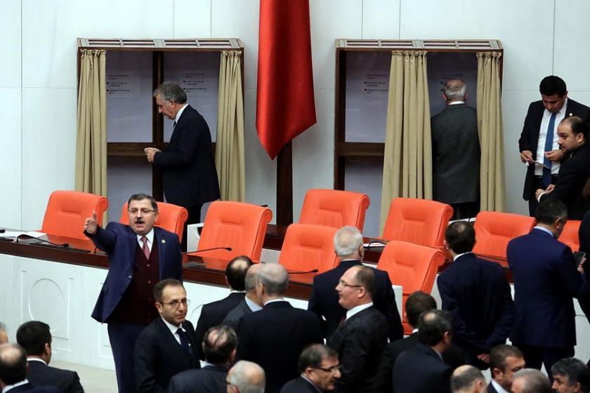 Anayasa değişikliği cuma günü Erdoğan'ın onayına sunulacak