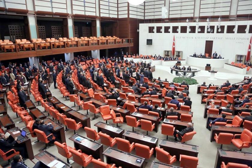 CHP'nin 'Paradise Papers' önergesi AKP oylarıyla reddedildi