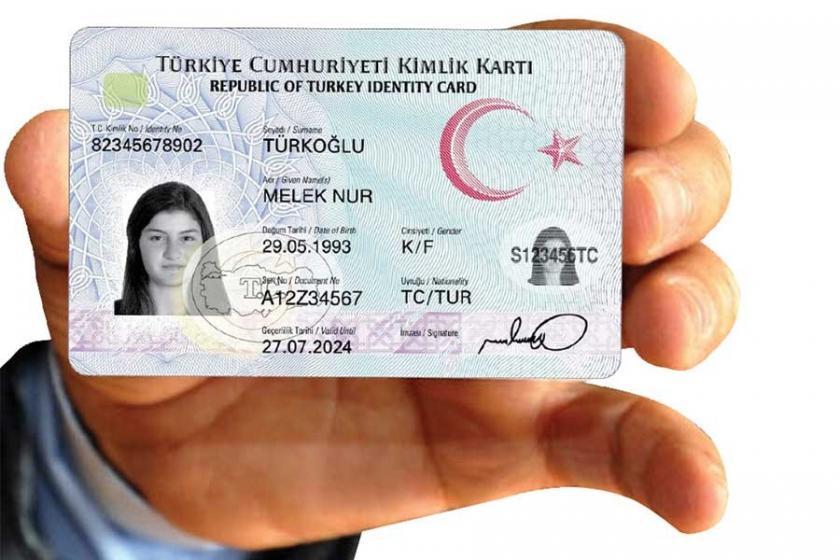 Aşırı acıklı bir hikaye: Kimlik kartı değişimi