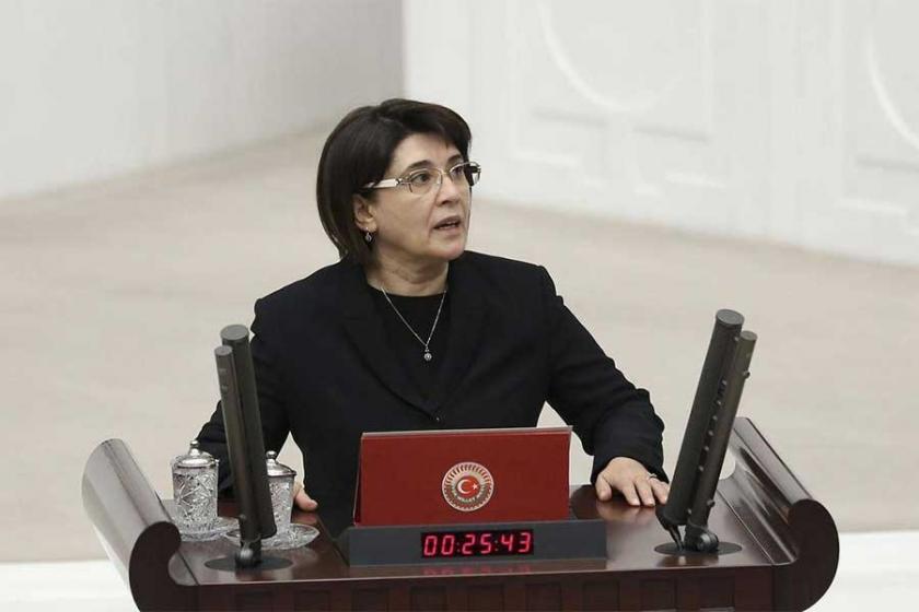 Leyla Zana adli kontrol şartıyla serbest bırakıldı
