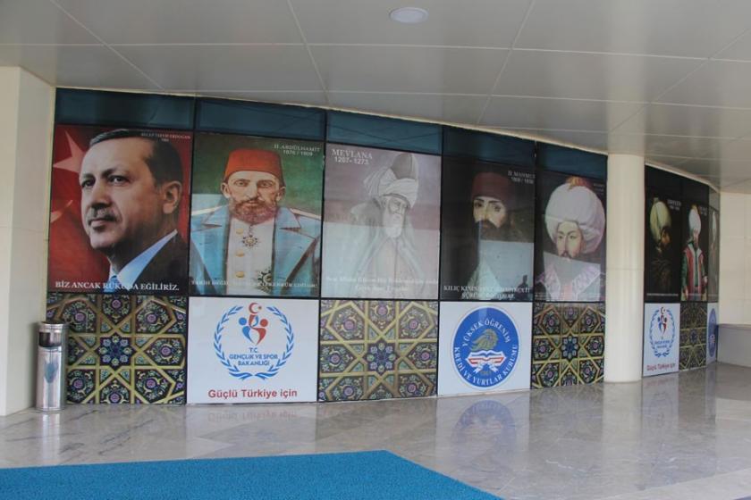 Okullarda Abdülhamit propagandası