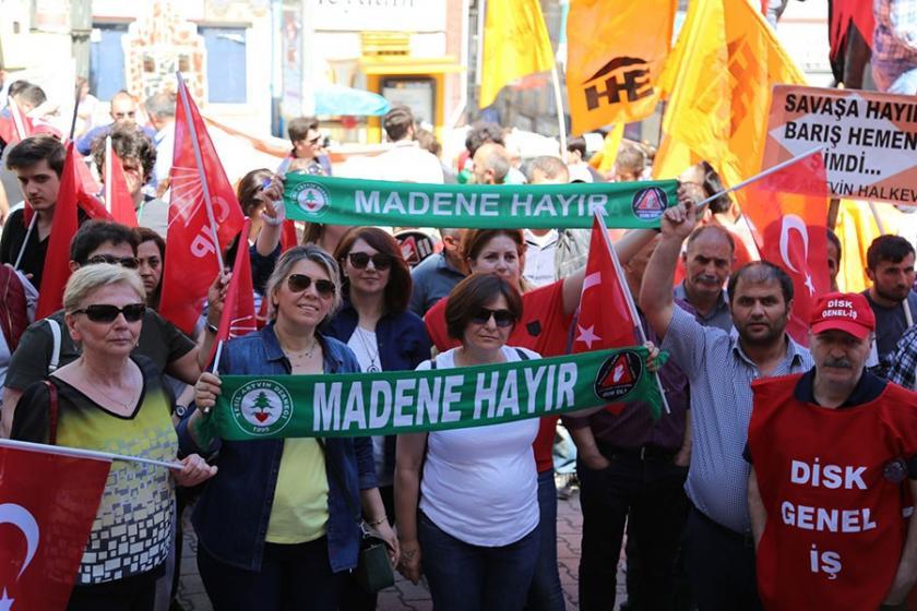 Artvin'de 1 Mayıs: Madene hayır, Cerattepe geçilmez! - Evrensel