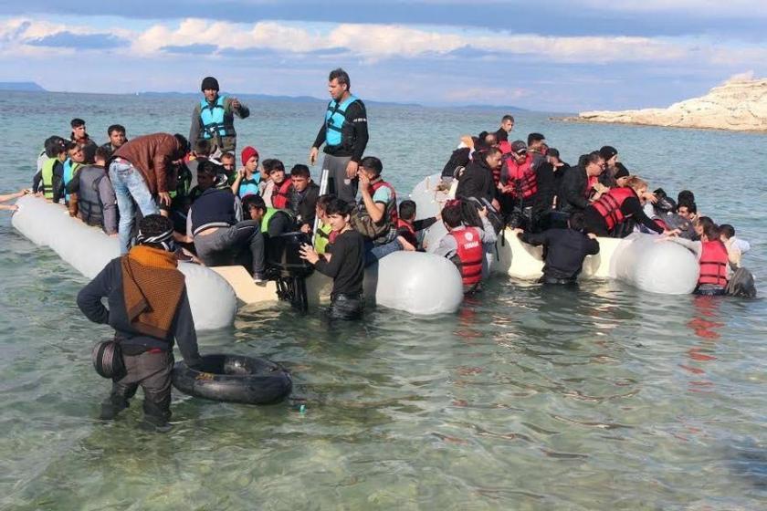 'Mülteci statüsü verilmeli ve Göç Bakanlığı kurulmalı'