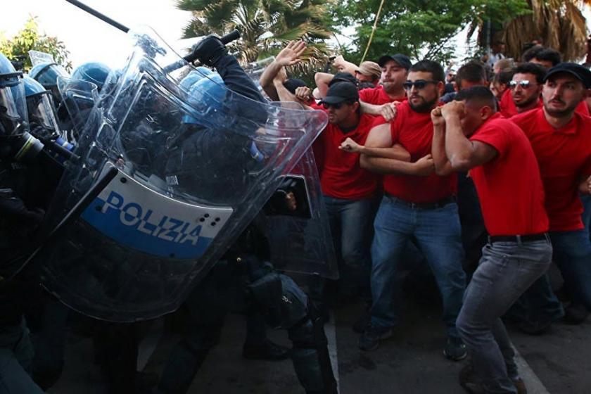 İtalyan polisi G7 zirvesi protestosuna saldırdı