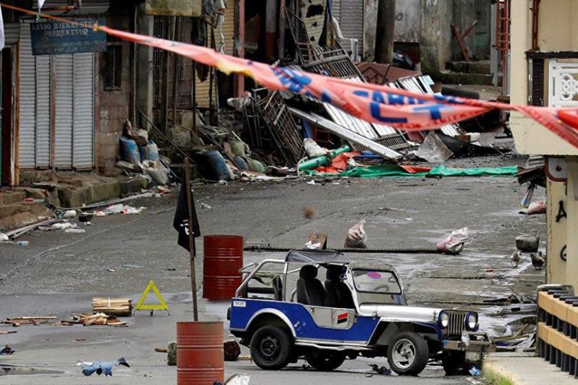 Filipinler'de cihatçı çatışması sürüyor, ölü sayısı artıyor