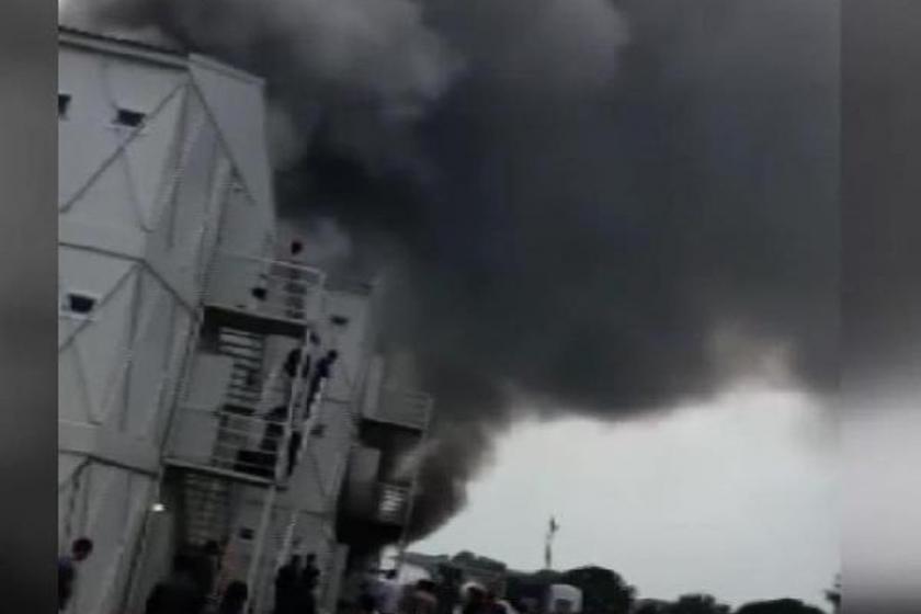 Rezidans inşaatında çalışan işçilerin konteynerinde yangın