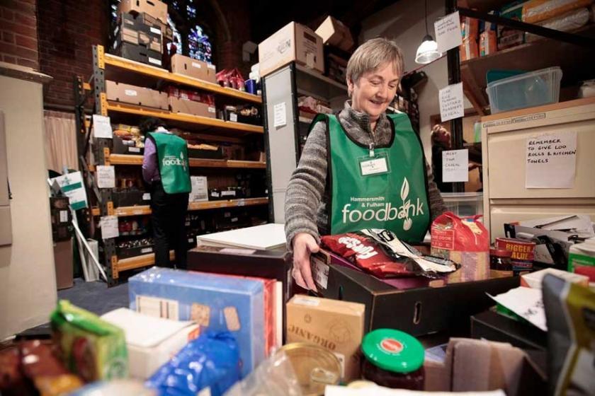 İngiltere'de yoksulluk: Gıda paketlerine talep artıyor