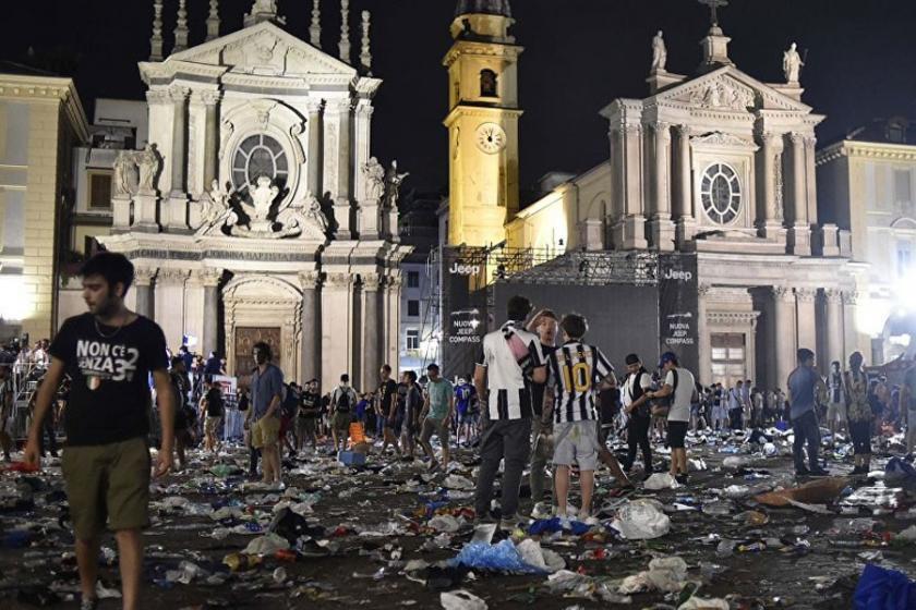 İtalya'daki izdihamda yaralı sayısı 1500'ün üzerinde