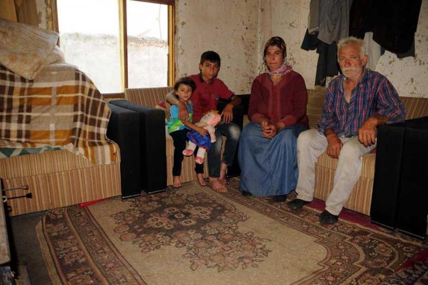 4 kişilik aile tek odada yaşam mücadelesi veriyor