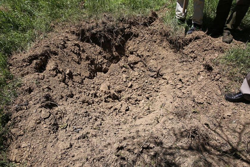 Dersim'de karakoldan atılan havan mermisi köye düştü