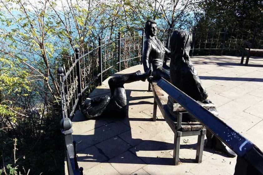 Ordu'da 3 kadın heykeli yine tahrip edildi