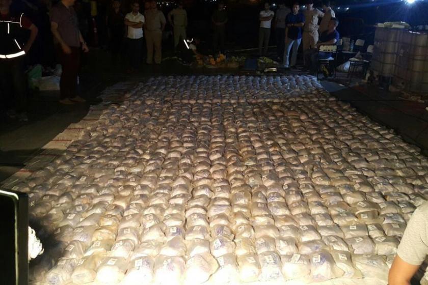 Kongo bayraklı gemide 1 ton 71 kilo eroin ele geçirildi
