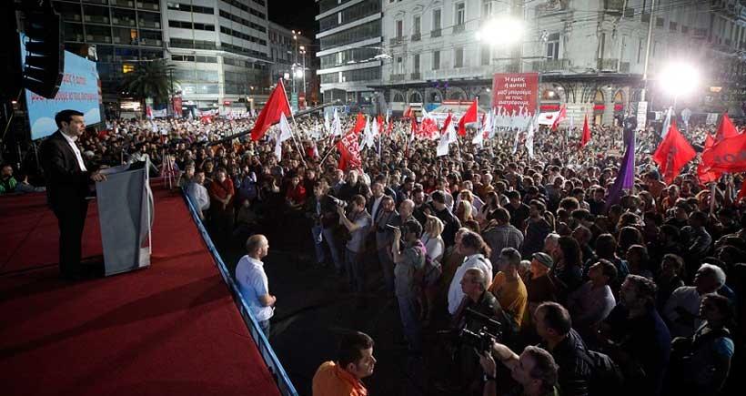 Yunanistan'da anketlere göre SYRIZA farkı açıyor