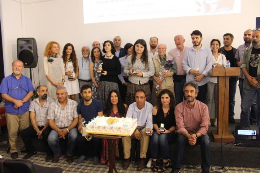 Sennur Sezer Emek-Direniş Öykü ve Şiir Ödülleri verildi