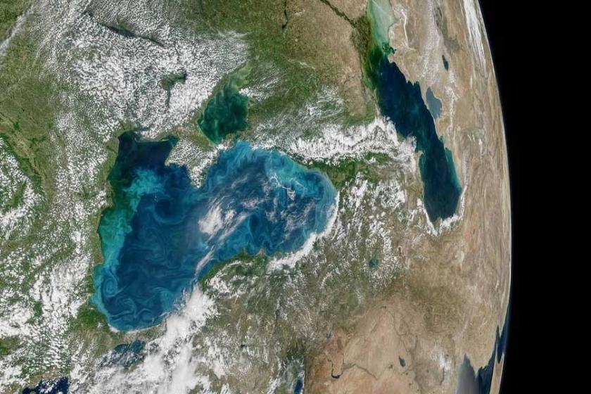 Karadeniz ve boğazın turkuaz rengi uzaydan görüntülendi