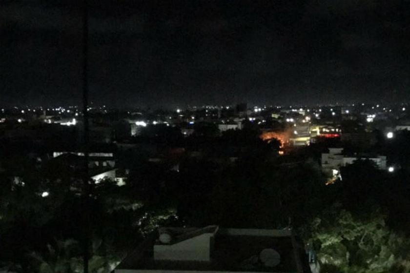 Mogadişu'da intihar saldırısı: 10 kişi yaşamını yitirdi