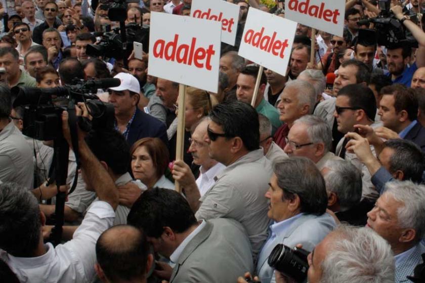 Adalet Yürüyüşü, dünya basınında geniş yer buldu