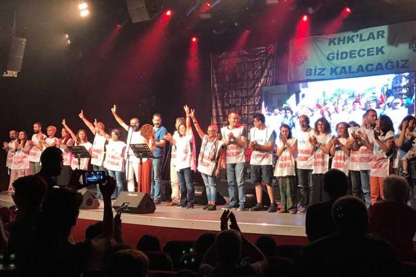 İhraç edilen kamu emekçileri için dayanışma konseri