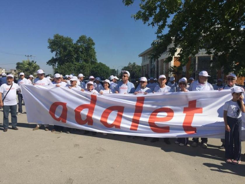 CHP Bursa İl Örgütü, ilçelerden kent merkezine yürüyor