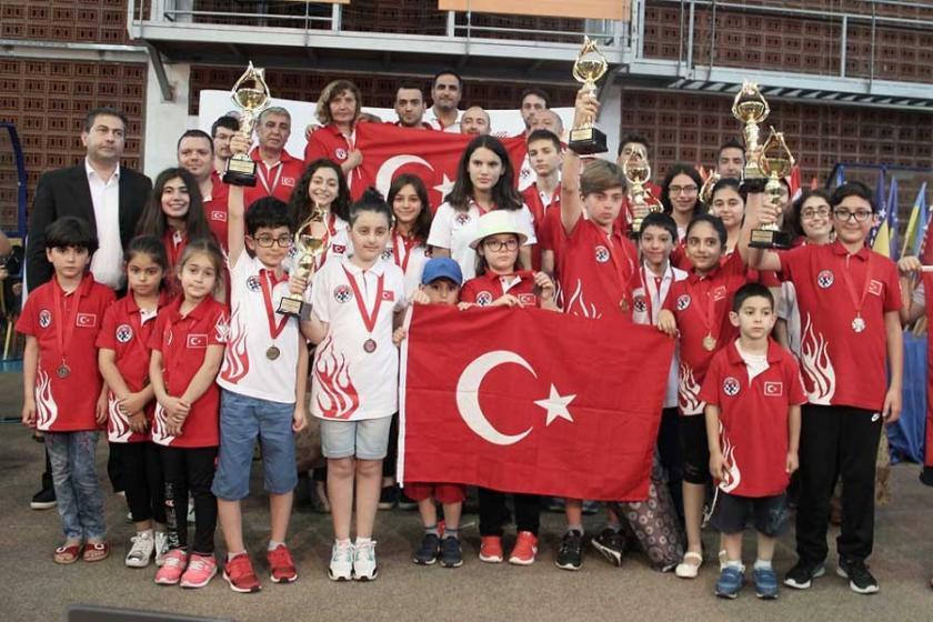 Genç milli satranççılardan başarılı turnuva