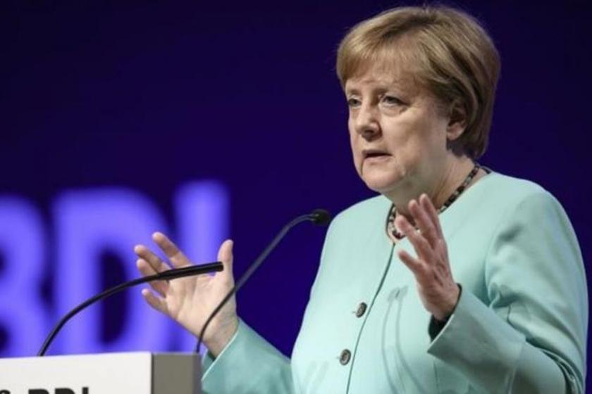Merkel'den Kürdistan referandumuaçıklaması