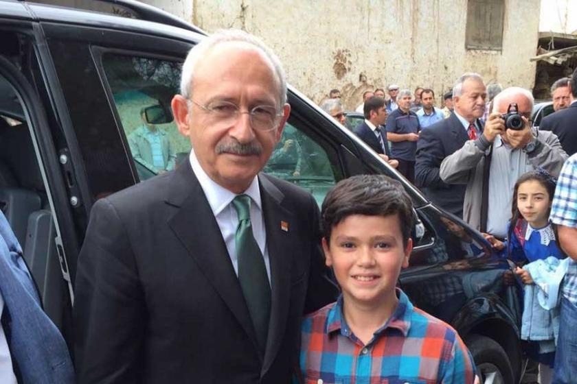 Kılıçdaroğlu'nun yanında tutuklu anne ve babası için yürüdü