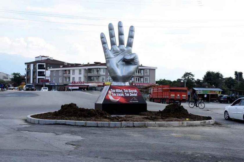 Düzce Belediyesinden 'Rabia' heykeli