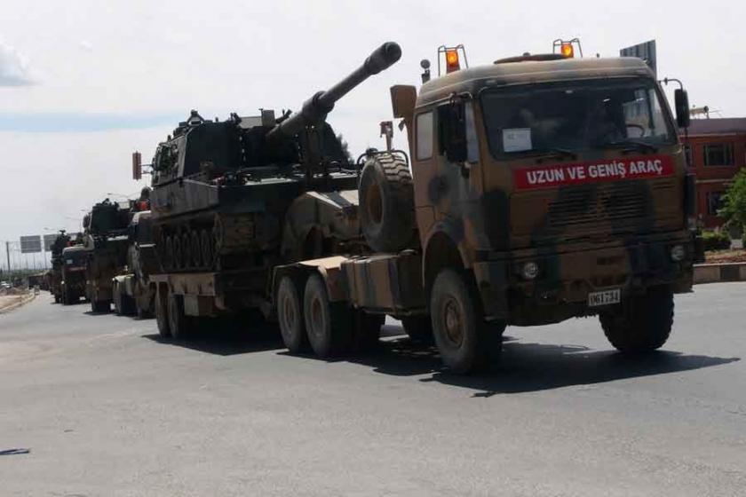 Kilis'in Suriye sınırına 5 tank sevkiyatı yapıldı