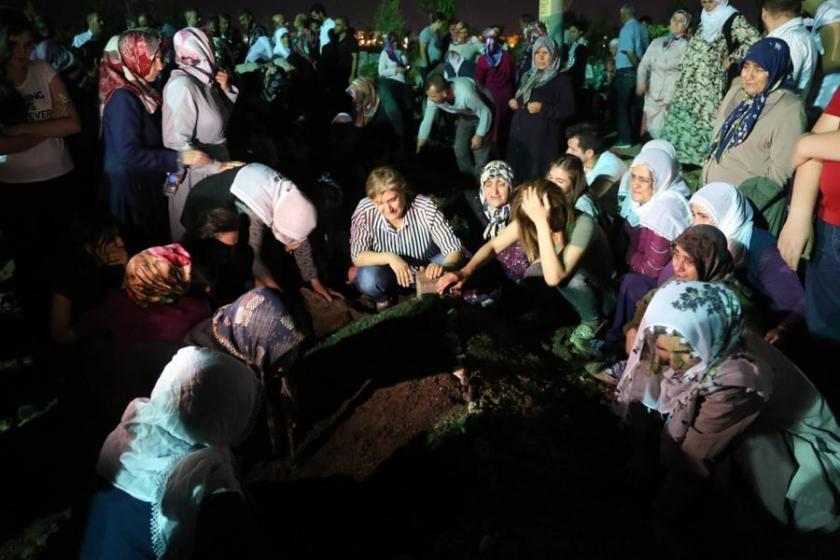 Lice'de zırhlı araç kazasında yaşamını yitirenler defnedildi