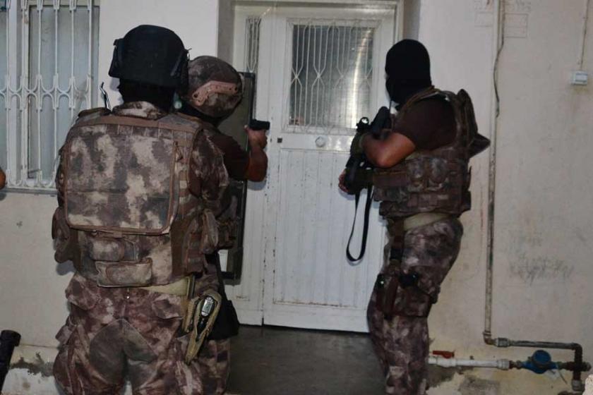 Adana'da operasyon: Çok sayıda gözaltı