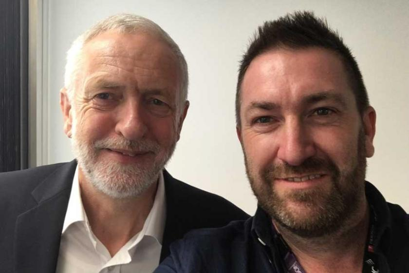 Corbyn: Gazetecileri hapseden  hükümetlere karşı çıkacağız