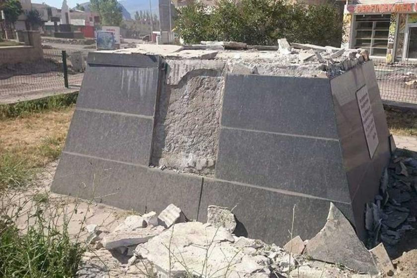 Heykeli yıkılan Ehmedê Xanî'yi Erdoğan öve öve bitiremiyordu