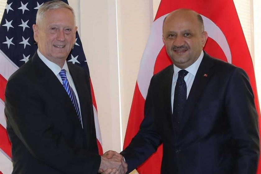 Bakan Işık, ABD Savunma Bakanıyla YPG'yi görüştü