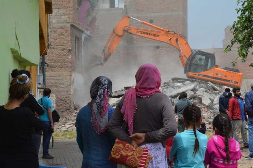 Çevre Bakanlığı verileri Sur'daki yıkımla örtüşmüyor
