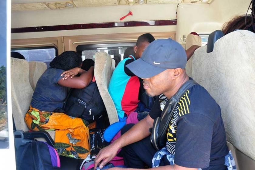 Yunanistan'a geçmek isteyen mülteciler engellendi