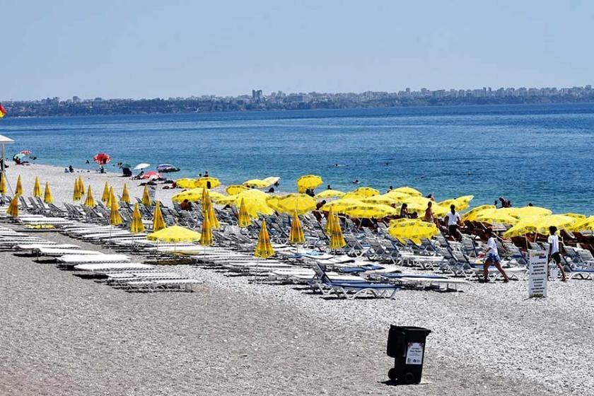 Sıcak uyarısı etkili oldu, sokak ve sahiller boş kaldı
