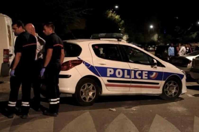 Fransa'da cami yakınında silahlı saldırı