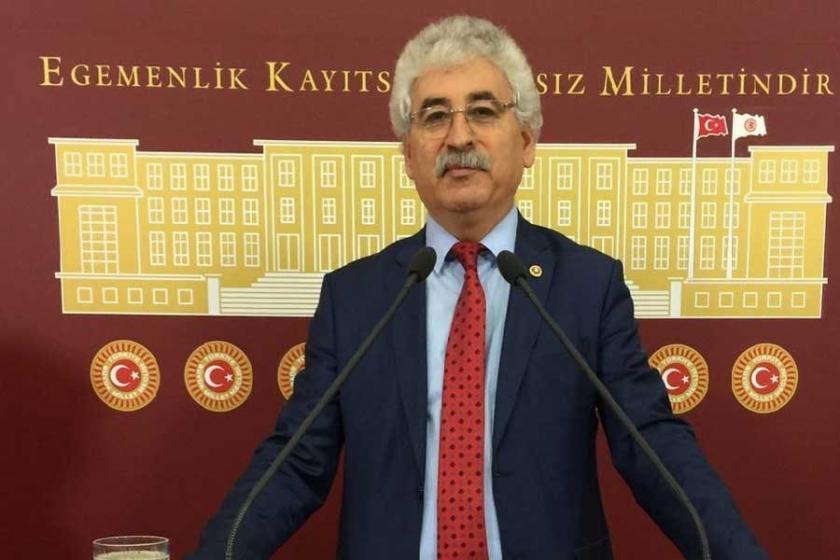 CHP'li Mehmet Tüm, Bakan Yılmaz'ın istifasını istedi